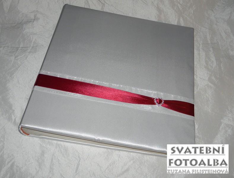svatební fotoalbum, kniha hostů, desky na oddací list