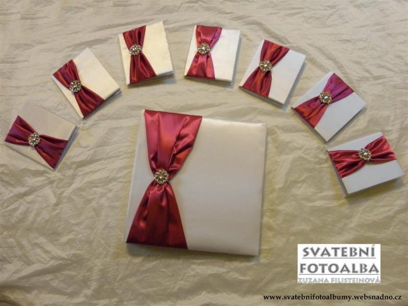 svatební fotoalbum, kniha hostů, fuchsiová