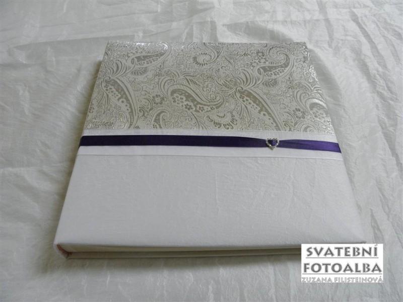 svatební fotoalbum, tmavě fialová stuha